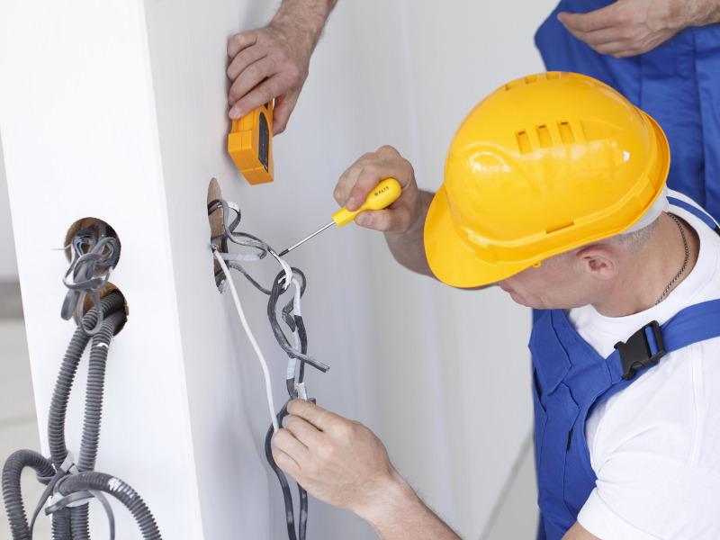 Советы от компании АСК Триан: ремонт проводки в квартире