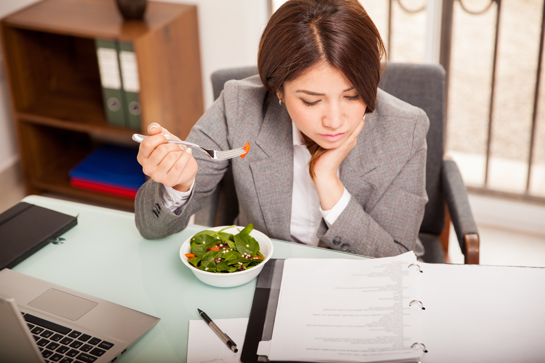 Обед в офисе и заказ продуктов с доставкой